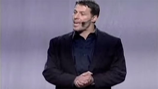 Tony Robbins introduces Mitchell